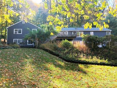 Single Family Home For Rent in Ridgefield CT 06877. Ranch house near waterfront with swimming pool and 2 car garage.