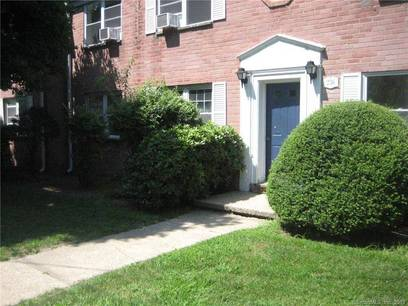 Condo Home Sold in Stamford CT 06902. Ranch house near waterfront.