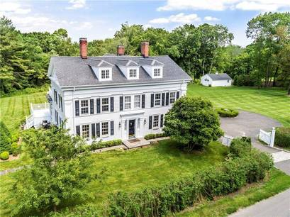 Single Family Home Sold in Redding CT 06896. Old colonial, antique house near waterfront with swimming pool and 4 car garage.