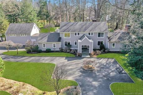 Mansion Sold in Westport CT 06880. Big contemporary, colonial house near beach side waterfront with swimming pool and 4 car garage.