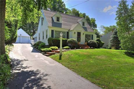 Single Family Home Sold in Trumbull CT 06611. Old  cape cod house near waterfront with swimming pool and 2 car garage.