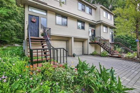 Condo Home Sold in Stamford CT 06905.  townhouse near beach side waterfront with swimming pool and 1 car garage.