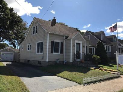Single Family Home Sold in Bridgeport CT 06605. Old  cape cod house near waterfront with 1 car garage.