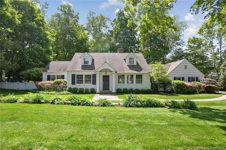 Single Family Home Sold in Darien CT 06820. Colonial cape cod house near beach side waterfront with 2 car garage.