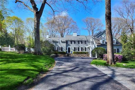 Luxury Single Family Home Sold in Darien CT 06820. Old colonial house near waterfront with 1 car garage.