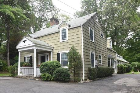 Single Family Home Sold in Stamford CT 06903. Old colonial house near waterfront with 2 car garage.