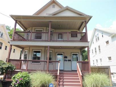 Multi Family Home Sold in Bridgeport CT 06604. Old  house near waterfront with 1 car garage.