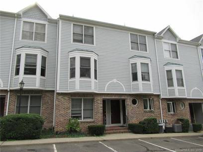 Condo Home Sold in Bridgeport CT 06604.  townhouse near waterfront.