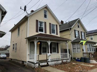 Foreclosure: Single Family Home Sold in Stratford CT 06615. Old colonial house near waterfront.