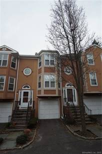 Condo Home Sold in Bridgeport CT 06604.  townhouse near waterfront with swimming pool and 1 car garage.