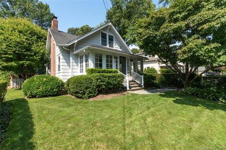 Single Family Home Sold in Darien CT 06820. Old  cottage house near beach side waterfront.
