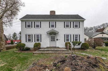 Multi Family Home Sold in Stratford CT 06614. Old  house near waterfront.