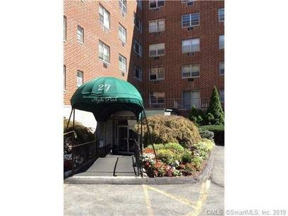 Condo Home Sold in Stamford CT 06907.  house near waterfront with 1 car garage.