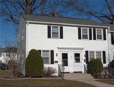 Cooperative Home Sold in Stamford CT 06904.  townhouse near beach side waterfront.