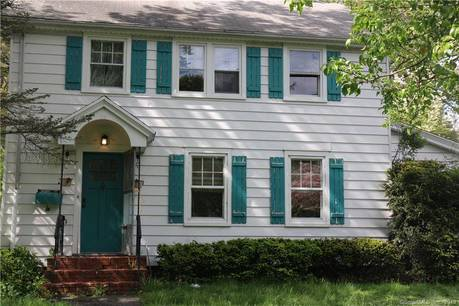 Single Family Home Sold in Greenwich CT 06870. Old colonial house near waterfront with 1 car garage.