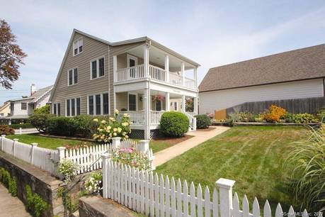 Single Family Home Sold in Norwalk CT 06853. Old colonial house near beach side waterfront with 1 car garage.