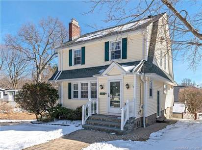 Single Family Home Sold in Fairfield CT 06825. Old colonial house near waterfront with 2 car garage.
