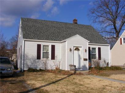 Single Family Home For Sale in Bridgeport CT 06606.  cape cod house near waterfront.