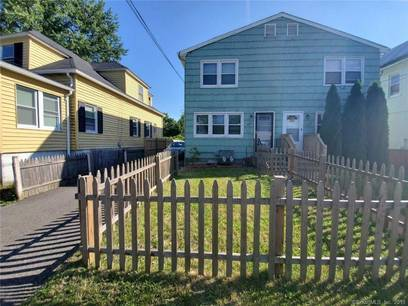 Single Family Home Sold in Stratford CT 06615.  house near waterfront with 1 car garage.