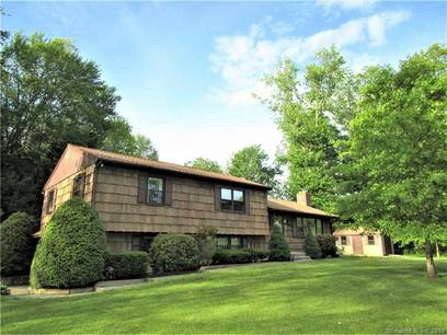 Single Family Home Sold in Bethel CT 06801.  house near waterfront with 2 car garage.