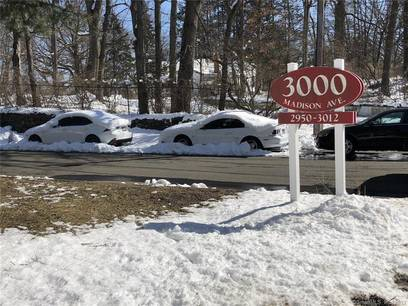 Condo Home Sold in Bridgeport CT 06606.  house near waterfront with swimming pool and 1 car garage.