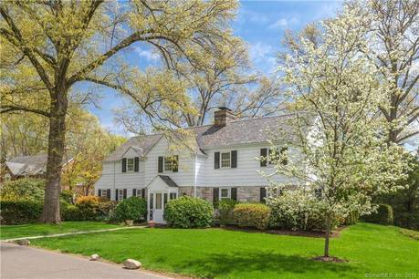 Single Family Home Sold in Stamford CT 06902. Old colonial house near waterfront with 2 car garage.