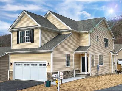 Condo Home Sold in Bethel CT 06801.  townhouse near waterfront with 2 car garage.
