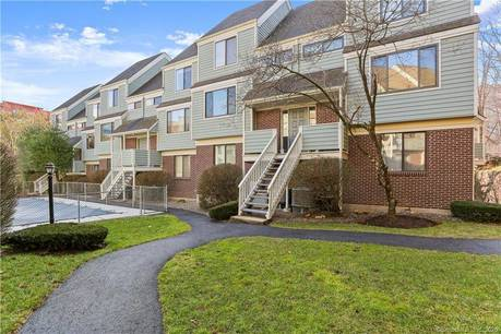 Condo Home Sold in Norwalk CT 06850.  townhouse near waterfront with swimming pool and 1 car garage.