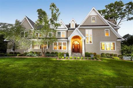 Mansion Sold in Westport CT 06880. Big colonial house near beach side waterfront with swimming pool and 3 car garage.