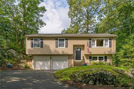 Single Family Home Sold in Danbury CT 06810. Ranch house near waterfront with 2 car garage.
