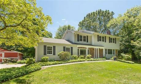 Single Family Home Sold in Weston CT 06883. Colonial house near beach side waterfront with 1 car garage.