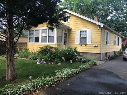 Single Family Home Sold in Stratford CT 06615. Old ranch house near waterfront with 1 car garage.