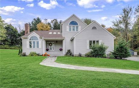 Single Family Home Sold in Danbury CT 06811. Contemporary, colonial house near waterfront with 2 car garage.