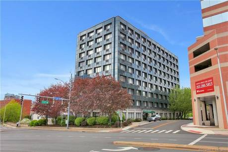 Condo Home Sold in Stamford CT 06901.  house near waterfront with 1 car garage.