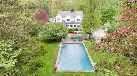 Single Family Home Sold in Stamford CT 06903. Colonial house near waterfront with swimming pool.