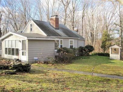 Single Family Home Sold in Easton CT 06612. Old ranch house near waterfront with 2 car garage.