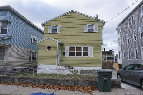 Short Sale: Single Family Home Sold in Bridgeport CT 06610. Colonial house near waterfront.