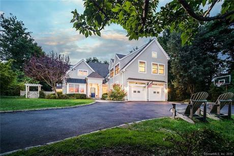 Luxury Single Family Home Sold in Westport CT 06880. Colonial house near beach side waterfront with 2 car garage.