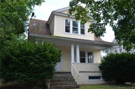 Foreclosure: Single Family Home Sold in Bridgeport CT 06606. Old colonial house near waterfront with 1 car garage.