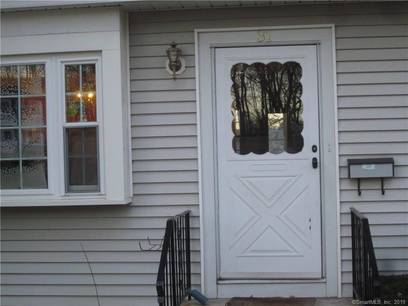Short Sale: Condo Home Sold in Bethel CT 06801.  townhouse near waterfront with swimming pool.
