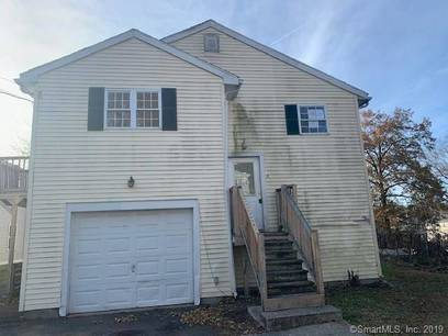 Foreclosure: Single Family Home Sold in Bridgeport CT 06606. Ranch house near waterfront with 1 car garage.
