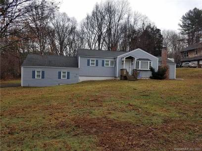 Single Family Home Sold in Shelton CT 06484. Ranch house near waterfront with 2 car garage.