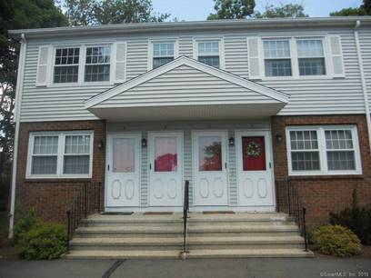 Foreclosure: Condo Home Sold in Stratford CT 06614. Ranch house near waterfront.