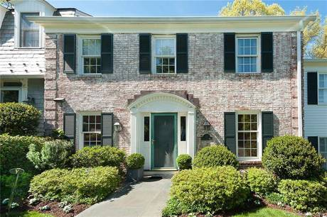 Condo Home Sold in New Canaan CT 06840.  townhouse near waterfront with swimming pool and 1 car garage.