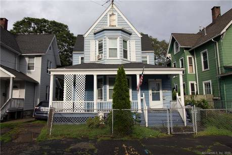 Single Family Home Sold in Bridgeport CT 06605. Old contemporary house near waterfront.