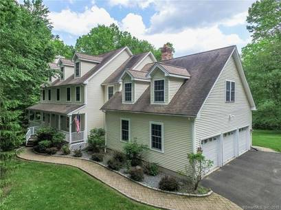 Single Family Home Sold in Newtown CT 06482. Colonial house near waterfront with 3 car garage.