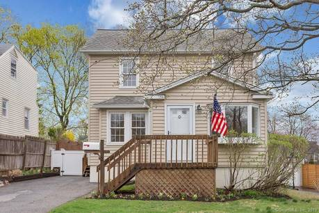 Single Family Home Sold in Stamford CT 06907. Old colonial house near waterfront.