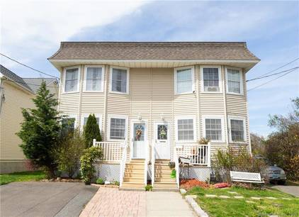 Single Family Home Sold in Stratford CT 06614.  house near beach side waterfront.