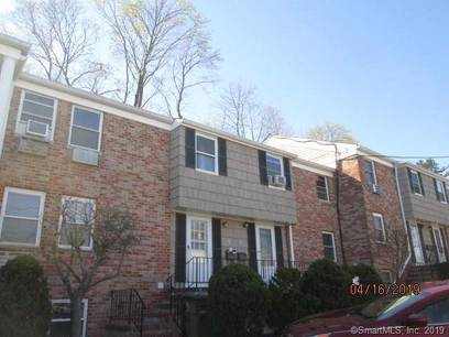 Foreclosure: Condo Home Sold in Stamford CT 06907.  townhouse near waterfront with swimming pool.