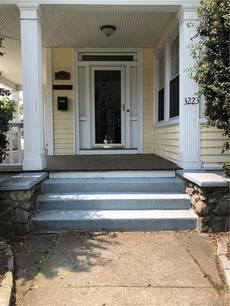 Single Family Home Sold in Bridgeport CT 06606. Old victorian house near waterfront with 1 car garage.